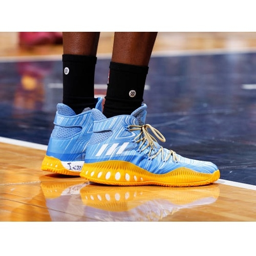 Kenneth Faried shoes