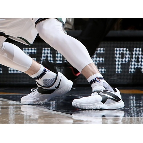 Gordon Hayward shoes