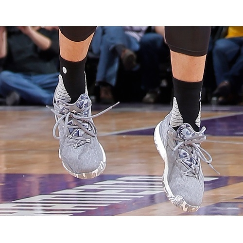 Jeremy Lin shoes