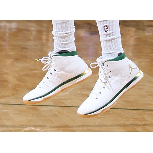 Greg Monroe shoes