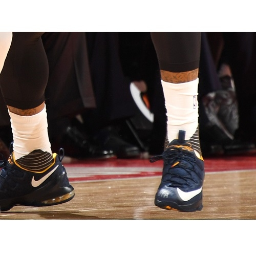 J.R. Smith shoes