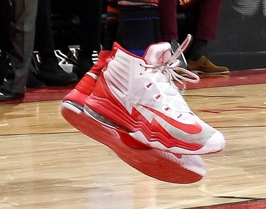 Jonas Valanciunas shoes