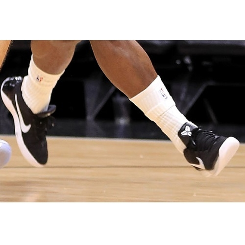 Dion Waiters shoes