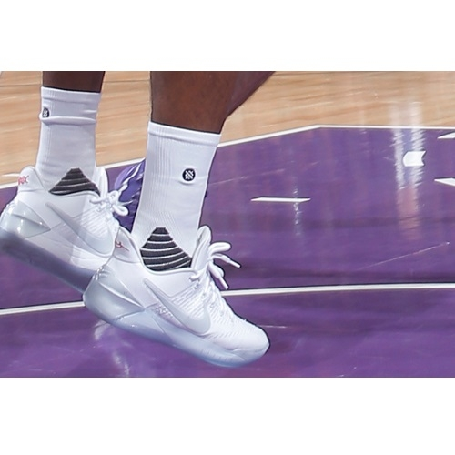 Buddy Hield shoes